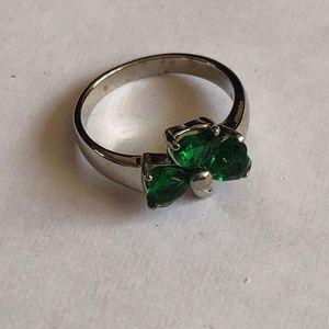Avon Shamrock Ring Size 6